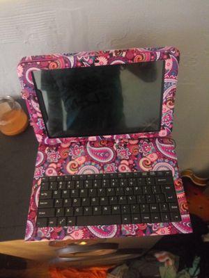 Prestige prime 10se and keyboard case for Sale in Belle, WV