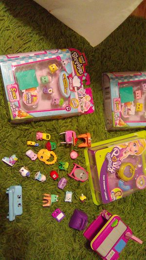 Shopkins/pollypocket for Sale in Upper Marlboro, MD