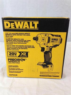 """DEWALT 20 VOLT XR BRUSHLESS MID TORQUE IMPACT WRENCH 1/2"""" (TOOL ONLY) DCF894B. NEW. NUEVO for Sale in Atlanta, GA"""