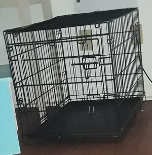 Crate for Sale in Raleigh, NC