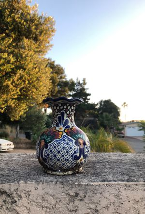 """Small ceramic flower vase 4"""" tall for Sale in San Marcos, CA"""