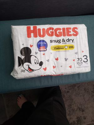 Huggies size 3 diapers for Sale in Las Vegas, NV