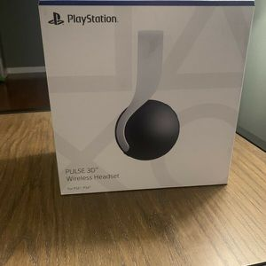 Sony Pulse Headphones, compatible with PS4 or PS5 Playstation for Sale in Los Angeles, CA