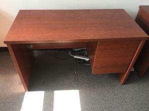Office Desk/Office Furniture for Sale in Miami Beach, FL