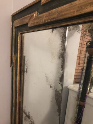 Antique Mirror for Sale in Riviera Beach, FL
