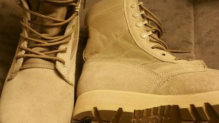 Camo Army Boots Size 9 Room For 10 for Sale in Leavenworth,  WA