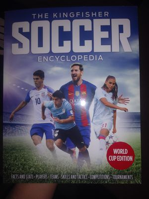 Soccer Encyclopedia 2018 World Cup Edition for Sale in Corona, CA