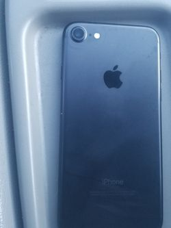 Iphone 7 Like New for Sale in Elgin,  IL