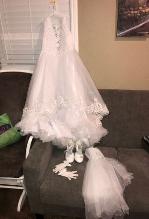 Baptism dress bundle /first communion bautizo/ primera comunión vestido for Sale in Colton, CA