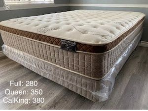 Organic europillop top full size Mattress whit boxspring Included for Sale in Fresno, CA