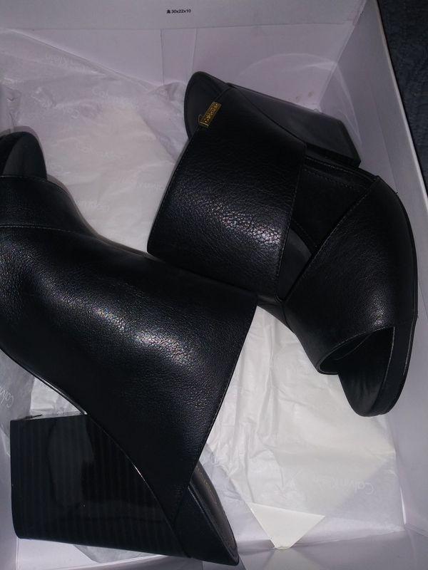 Black calvin klien heels