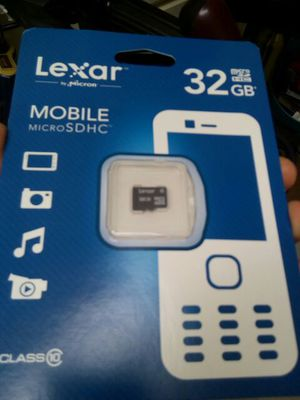 32GB micro SD card for Sale in Houston, TX