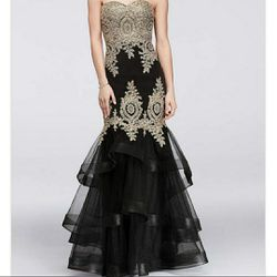 Black and Gold Mermaid style Formal Dress for Sale in Spring,  TX