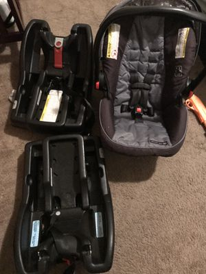 Graco Snugride 30 XL Infant Carseat for Sale in Draper, UT