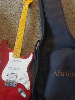 Guitar for Sale in Tacoma,  WA