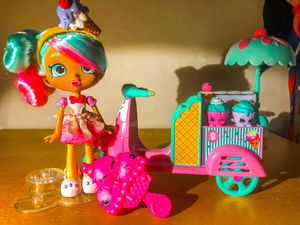 Shopkins shoppie peppermint shoppie ice cream scooter for Sale in Raleigh, NC