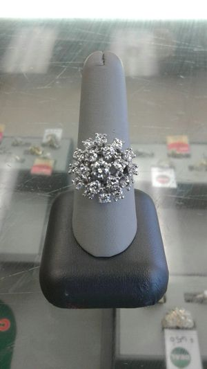 Lady's cluster ring for Sale in Victoria, TX
