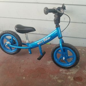 """Mini Glider Kids Balance Bike with Patented Slow Speed Geometry 12"""" for Sale in Las Vegas, NV"""