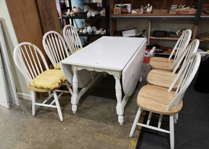 Double Drop Leaf Dining Set - Delivery Available for Sale in Tacoma, WA