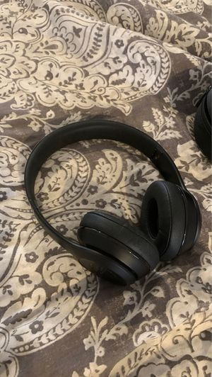 beats solo pro for Sale in Madison, CT