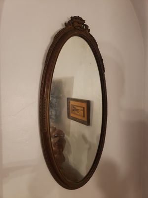 Antique vintage mirror wood ornate for Sale in Orlando, FL