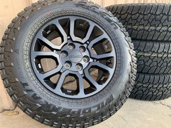 "18"" GMC Yukon Wheels w/TPMS SENSORS Denali Sierra Escalade Tires Rims for Sale in Rio Linda,  CA"