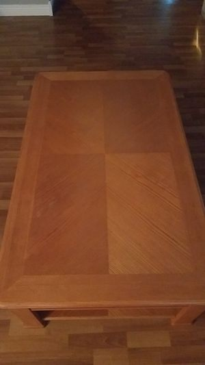 Coffee table for Sale in Taunton, MA