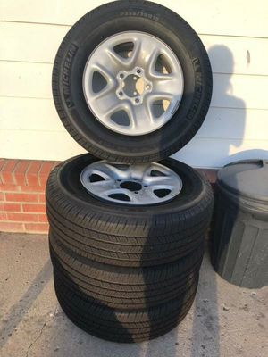 toyota tundra 2018 stock rims size 18 set of 4 (tires not included) for Sale in San Diego, CA