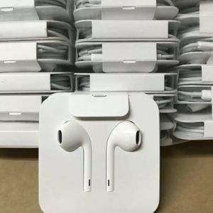 iPhone 7/8/X/11/12 Earpods Wired Headphones with Lightning Connector | Genuine for Sale in Indialantic, FL