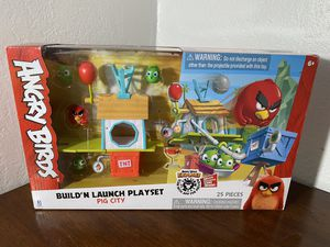 Angry Birds Build'N Launch Playset Pig City for Sale in Los Angeles, CA