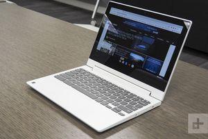 Lenovo 2 in 1 Chromebook laptop (touchscreen) for Sale in Austin, TX