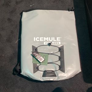 Icemule Cooler Backpack for Sale in Sykesville, MD