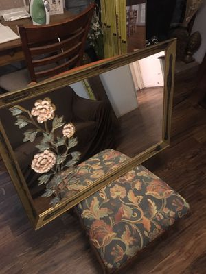 Vintage Flower Mirror for Sale in Rogers, AR
