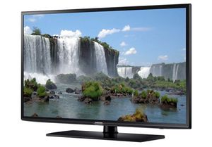 SAMSUNG 60-inch 3D SMART TV - Complete Set for Sale in Foothill Ranch, CA