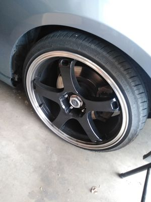 18x8.5 rims and tires 5x114.3 for Sale in Las Vegas, NV