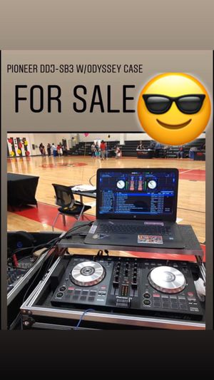 Pioneer DDJ-SB3 with ODYSSEY CASE INCLUDED for Sale in Humble, TX