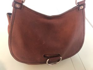 AUTHENTIC FRYE TOP ZIP SADDLE WITH ROUND RING BROWN MESSENGER BAG for Sale in Washington, DC