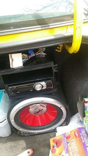 radio and subwoofer for Sale in Cleveland, OH