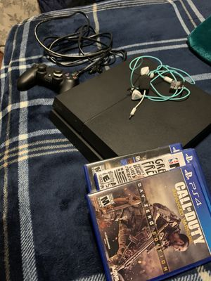 PS4 / PlayStation 4 (w/ controller, 5 games, and headset) for Sale in Garner, NC