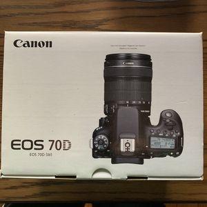 Canon 70D Camera for Sale in Detroit, MI