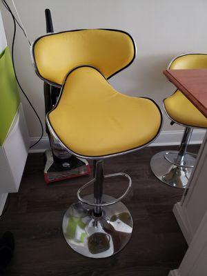 Flash Furniture comfy mid-back adjustable height bar stool, set of 4 for Sale in Arlington, VA