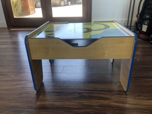 Free Kid's Desk for Sale in Valley Center, CA