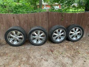 20' universal rims 6 lugs for Sale in Greenville, NC