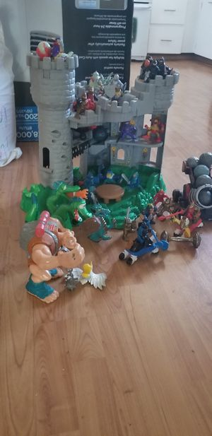 Fisher price great adventure castle for Sale in Payson, AZ