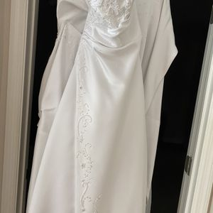 Christian Michele Strapless Wedding Dress Size 6 for Sale in St. Cloud, FL