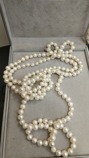 NATURAL PEARL LONG NECKLACE for Sale in Leesburg, VA