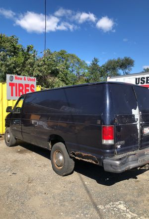 Ford E-350 Turbo Diesel 2000 for Sale in Halethorpe, MD