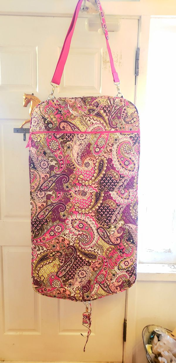 Gorgeous Vera Bradley Garment Hanging Travel Bag