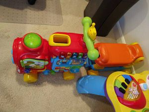 VTech Sit-To-Stand Ultimate Alphabet Train for Sale in Renton, WA