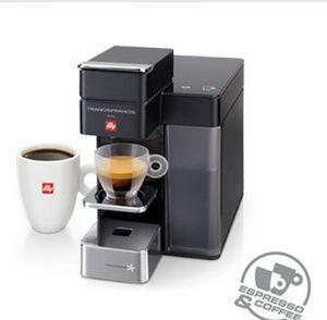 FRANCIS Y5 ESPRESSO & COFFEE MACHINE with 50+ pods Illy Francis y5 espresso maker machine new for Sale in Burbank, IL